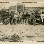 VN24_Vergato_Motociclisti al monumento